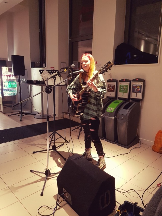 Abi Steadman performs at LSE Chill - January 2017